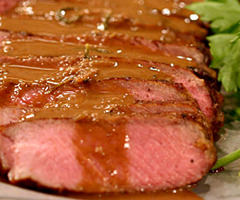 Pan Seared Rib-Eye Steak with Onion Gravy