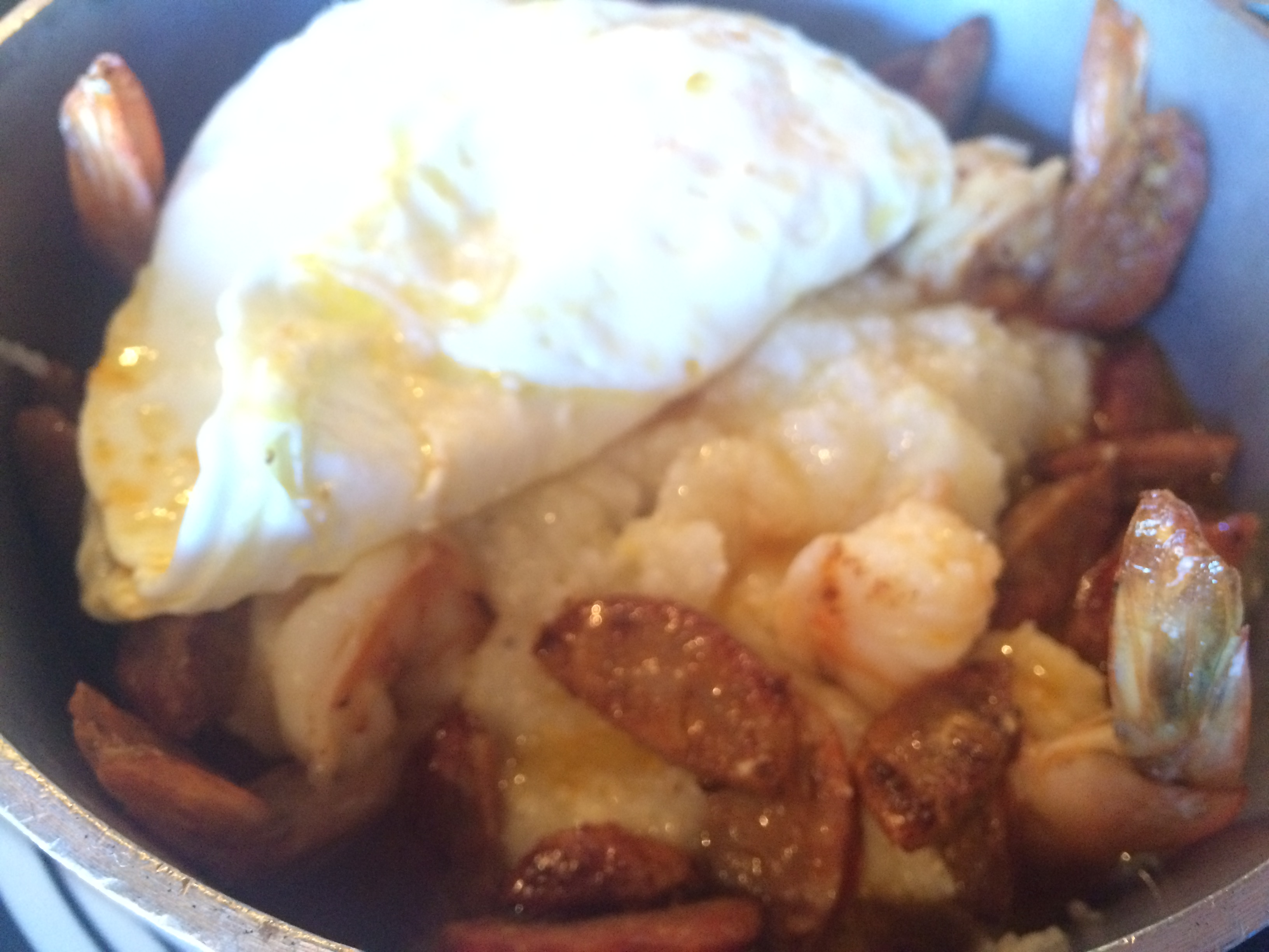 Shrimp 'n Grits with an Egg Photo