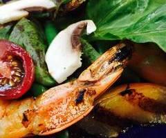 Grilled Shrimp & Nectarine Salade