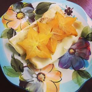The Perfect Brunch - cheese blintzes with Starfruit