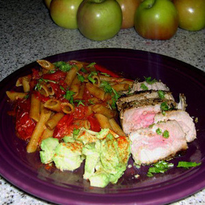 ahi Tuna woth penne and fresh roasted tomatoes, slaw